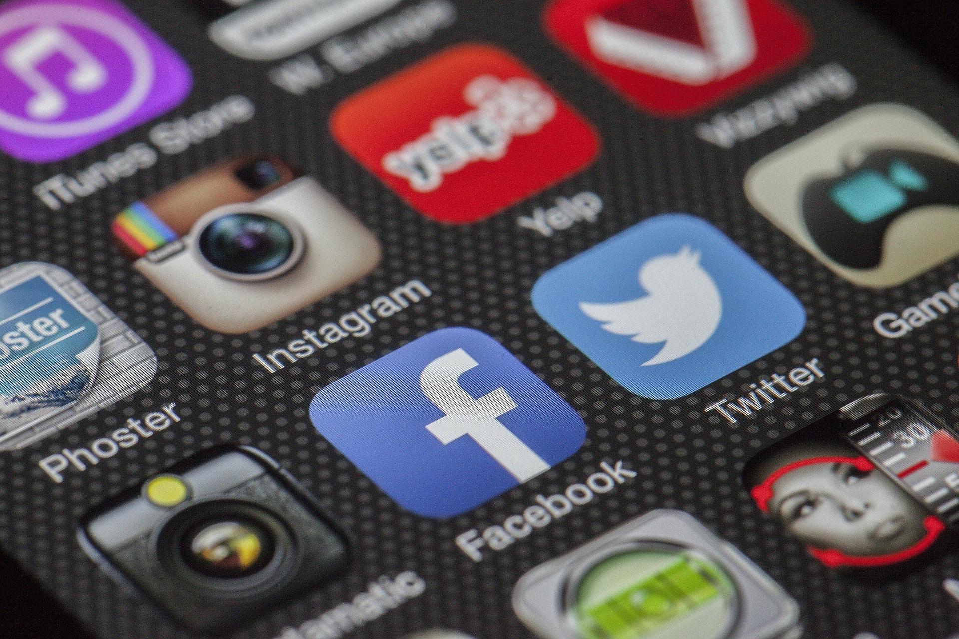 social-media-in-the-morning