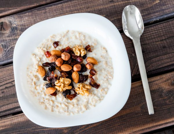 6 Health and Nutrition Experts Share Their Favorite Bedtime Snacks