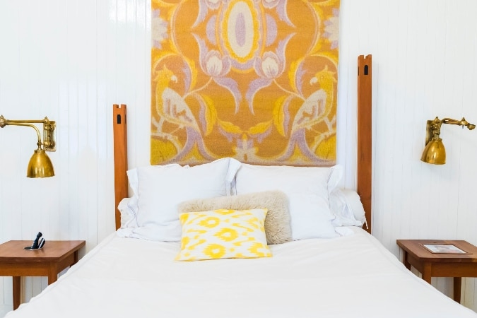 Gel Memory Foam vs. Spring Mattress: What's the Difference?