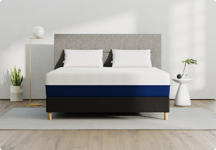 Mattress Sizes Chart And Bed Dimensions, What Is The Width Of A Queen Bed